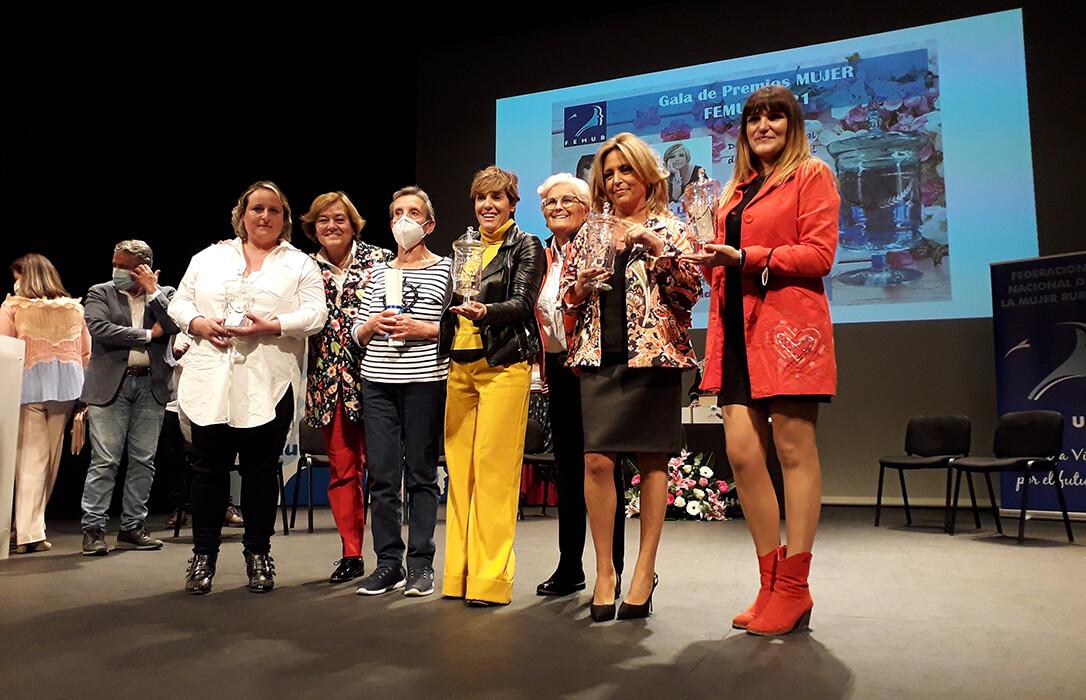 La entrega de galardones de la XV Gala Premios Nacionales FEMUR Mujer 2021 pone el broche final al 30 aniversario de la entidad