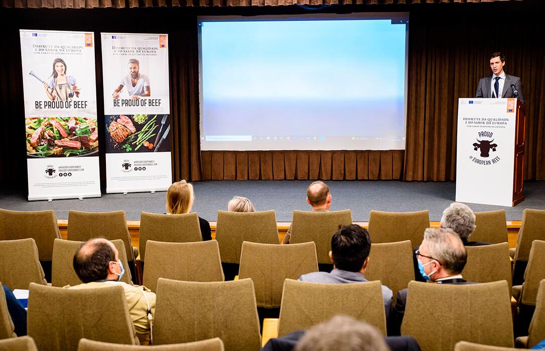 El sector del Vacuno de Carne de España y Portugal estrechan relaciones comerciales en foro empresarial de Lisboa